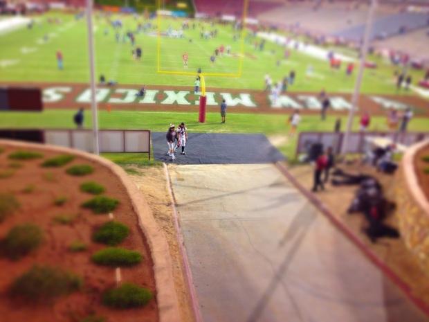 San Diego State Linebacker Jake Fely limping into the locker room. Mandatory photo credit:: David Frerker